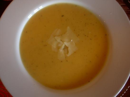 Supa de usturoi (Soupe a l'ail) 004